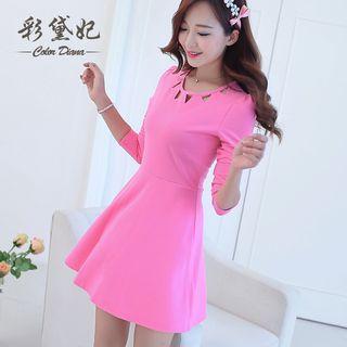 Triangle Cut Out Long Sleeve A-line Dress