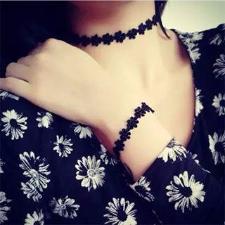 Floral Lace Choker/ Bracelet