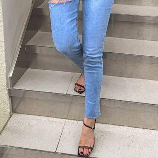 Ankle-strap Stitched Sandals