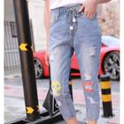 Print Distressed Capri Jeans