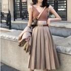 Letter Printed Ribbed Camisole / Plain Blazer / High-waist Pleated Skirt