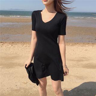 V-neck Short-sleeved Mini Dress