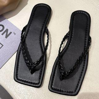 Square-neck Flip Flops