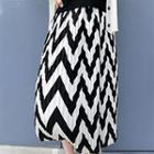 Wavy Striped Pleated Midi Skirt
