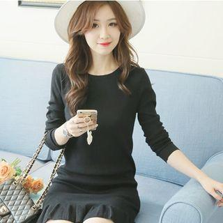 Long-sleeve Knit Pleated Dress