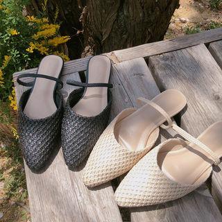 Pointy-toe Rattan Flat Mules