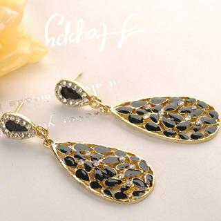 Water Drop Earrings  Black - One Size