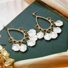 Rhinestone Shell Petal Drop Earring