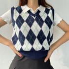 V-neck Argyle Cropped Knit Top