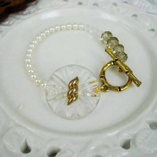 Classic Vintage Lady Bracelet (b) Gold - One Size