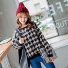 Houndstooth Pattern Knit Sweatshirt