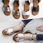 Scallop-trim Ankle-strap Sandals
