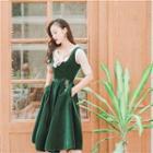 Sleeveless Embroidery Midi Dress