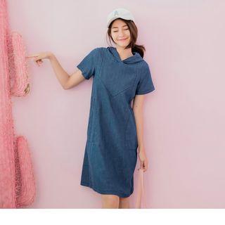 Short Sleeve Denim Hooded Dress