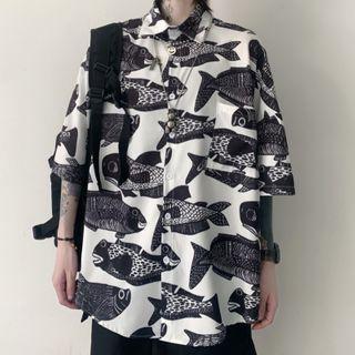 Elbow-sleeve Fish Pattern Print Shirt