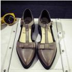 Bow T-strap Sandals