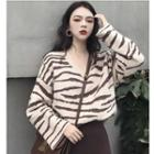 Long-sleeve Zebra Patterned Knit Top