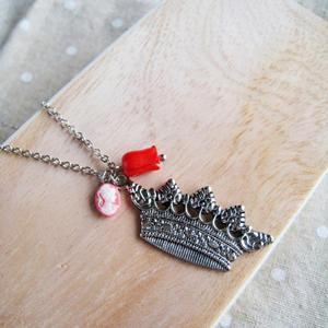 Vintage Silver Crown Necklace