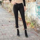 Deep-slit Skinny Pants