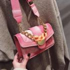 Chain Detail Quilted Gradient Shoulder Bag