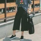 Wide-leg Capri Pants