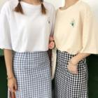 Short-sleeve Print T-shirt / Plaid A-line Skirt