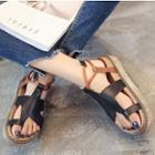 Platform Loop Toe Sandals