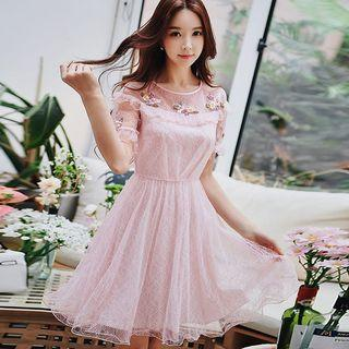 Short-sleeve Flower Detail Lace A-line Dress