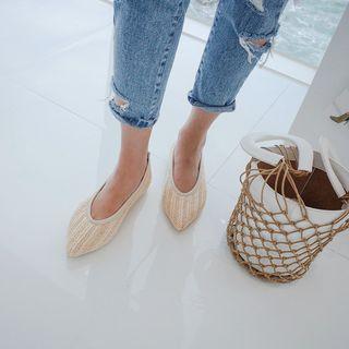 Pointy-toe Woven Flats