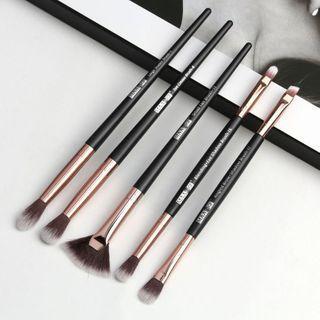 Set Of 5: Eye Makeup Brush