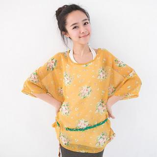 3/4-sleeve Floral Top
