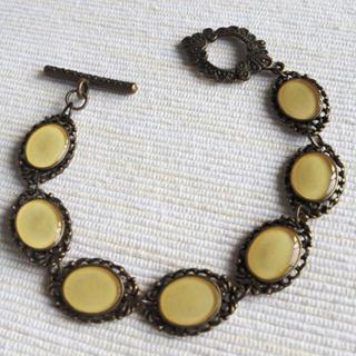Vintage Style Copper Bracelet (ivory) One Size