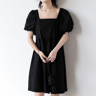 Plain Square Collar Puff-sleeved Dress