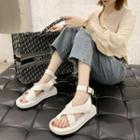 Toe-ring Platform Sandals