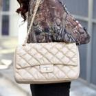 Chain Strap Quilted Shoulder Bag