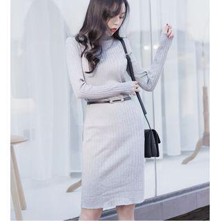 Slim-fit Long-sleeve Knit Dress