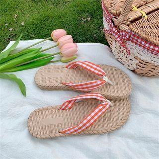 Gingham Flip-flops