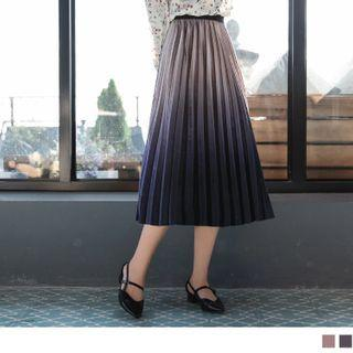 Gradient Pleated Velvet A-line Skirt