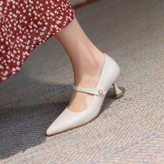 Spool-heel Mary Jane Pumps
