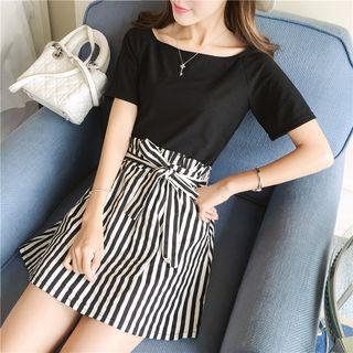 Set: T-shirt + Striped Skirt