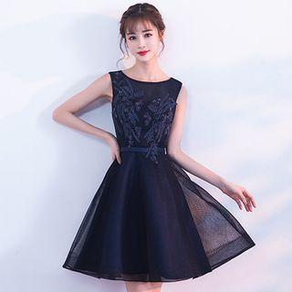Sleeveless Embellished Short Prom Dress