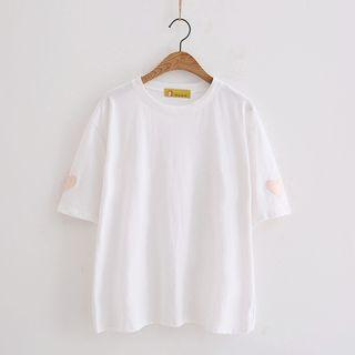 Heart Embroidered Short Sleeve T-shirt