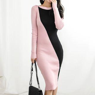 Long-sleeve Two-tone Midi Knit Sheath Dress As Shown In Figure - One Size