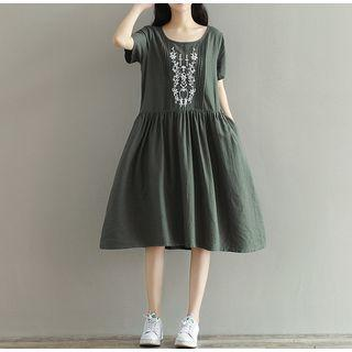 Short-sleeve Embroidered A-line Midi Dress