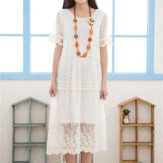 Short-sleeve Lace Tiered Dress