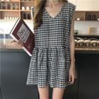 Plaid V-neck Sleeveless Dress