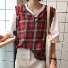 Set: Plain Elbow Sleeve T-shirt + Plaid Vest