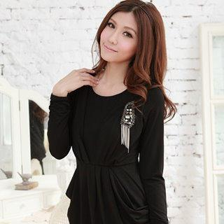 Pleated Long Sleeve Dress With Brooch