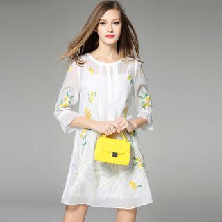 Embroidered 3/4-sleeve Shift Dress