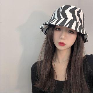 Zebra Bucket Hat Black - One Size